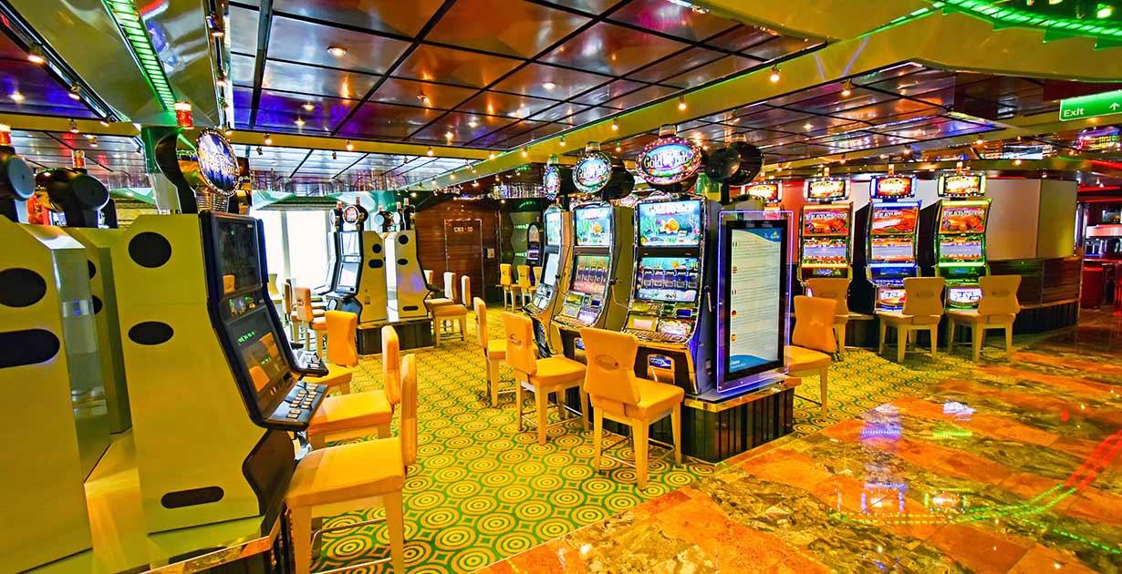"""Gambling ships"" o casinos flotantes"